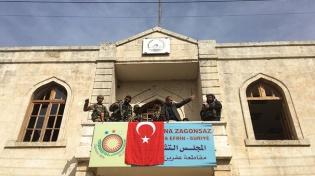 son-dakika-tsk-ve-oso-birlikleri-afrin-ilce-merkezinde-kontrolu-sagladi-11035440